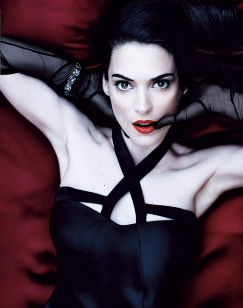 winona-ryder-interview-photoshoot-2013-18-498x630