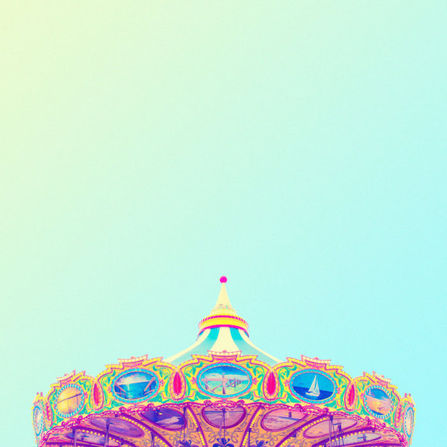 Matt crump 39 s candy coloured minimalist photographyblend for Minimal art instagram