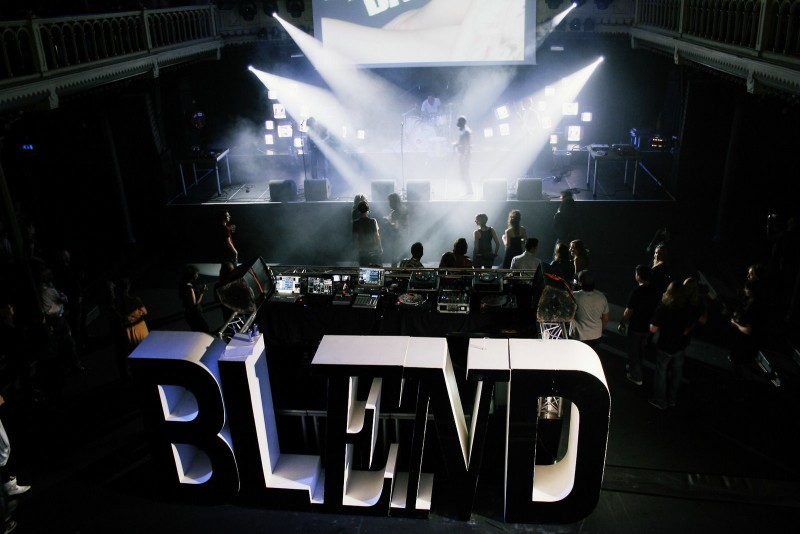 BLEND\BUREAUX - dazed & confused - 1